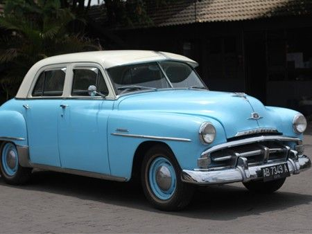 Dodge Plymouth Cambridge 1951